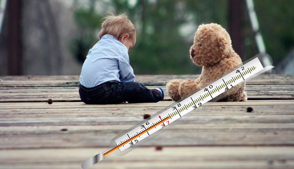 Если у ребёнка в 3 года поднялась температура до 37℃, а также присутствуют насморк и кашель