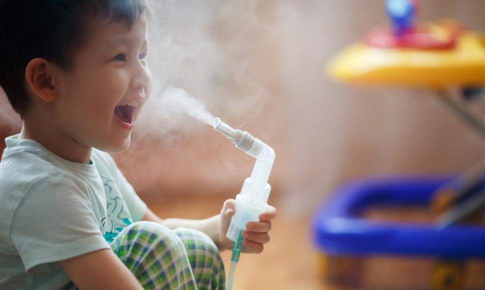 Ингаляции при лающем кашле у ребёнка